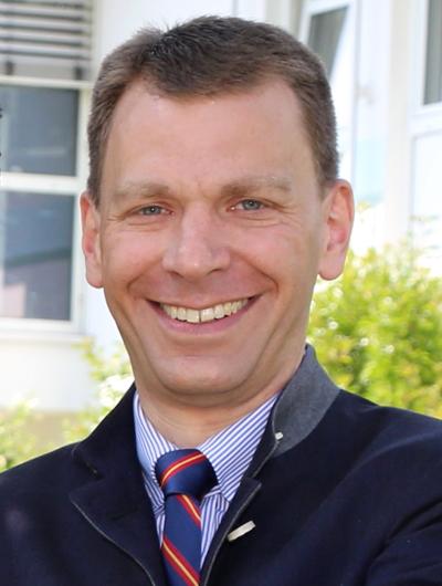 Dr. Markus Pfalzer - Geschäftsführer